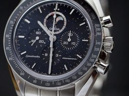 omega speedmaster moonwatch professional moonphase aventurine dial